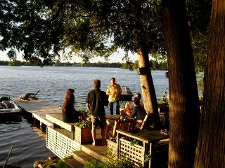 CalmwatersCottage GuestHouse - Welcome to the Lake - Waterloo vacation rentals