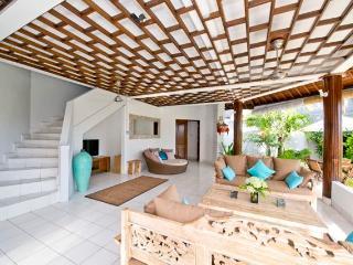 Wonderful, spacious villa 5 mn. from Echo Beach - Canggu vacation rentals