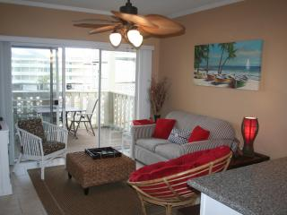 Perfect for the family vacation - Walk to Gulf, Bay or pool - D8 - Pensacola Beach vacation rentals