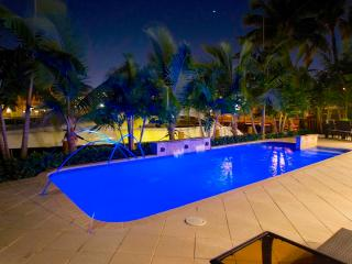 Casa Harbor 5 Star Stunning New 3 Bed 3 Bath Heated Pool Beach Home! - Pompano Beach vacation rentals