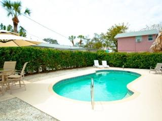 CHAMPAGNE SHORES - Anna Maria Island vacation rentals
