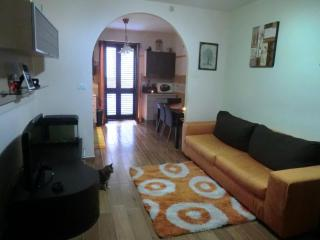 Nice Condo with Television and Central Heating - Fondi vacation rentals