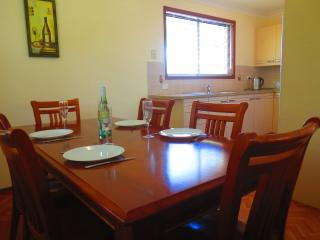 Husky By The Sea Cottage - Huskisson vacation rentals