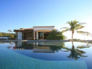 Luxury Villa, 3 bedrooms , Cabo San Lucas Arch View, sleeps 12, near from Esperanza Resort - Cabo San Lucas vacation rentals