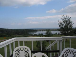 Nice 3 bedroom Red Point House with Deck - Red Point vacation rentals
