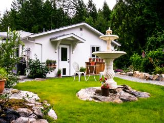 Mockingbird Hill Vacation Rental​​ And  Retreat - Port Alberni vacation rentals