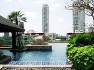 Bangkok Touch by the River and Skytrain - Sao Hai vacation rentals
