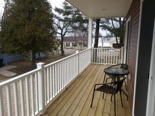 Cottage Apartment in Lake City, Michigan - Northwest Michigan vacation rentals