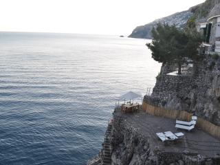 Beathtaking, on the ocean. Your piece of paradise in the Amalfi coast. 2 up to 5 - Furore vacation rentals