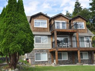 Spacious 4 bedroom House in Tahsis - Tahsis vacation rentals