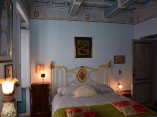 Picturesque apartment with terrace near St.Peter's - Rome vacation rentals