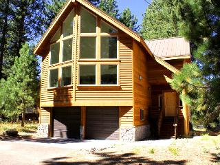 New Custom South Lake Tahoe Home, Fantastic Locati - South Lake Tahoe vacation rentals