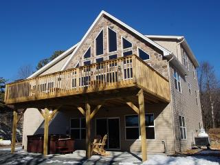 Lakestone Lodge - Blakeslee vacation rentals