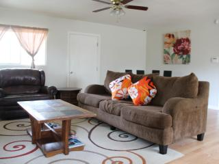 Oahu North Shore 3 Bed 1 Bath home near the beach - Hauula vacation rentals