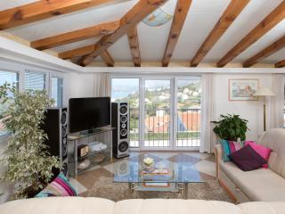 Apartment Carol 6 - Cavtat vacation rentals