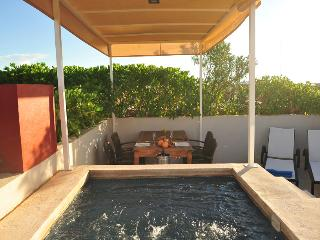 Penthouse-1 bedroom-private terrace 5 ta av. - Playa del Carmen vacation rentals