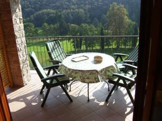 'Golf Residence le Brede'  immersed in the middle - Toscolano-Maderno vacation rentals
