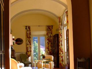 Comfortable 4 bedroom Marradi House with Internet Access - Marradi vacation rentals