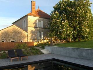 Villa Auvent - Paris vacation rentals