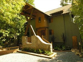 Beautiful 2 bedroom House in Chalet Village - Chalet Village vacation rentals
