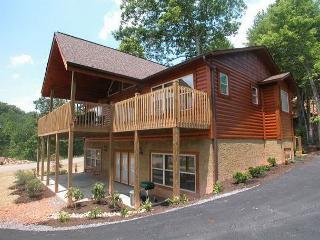 2 bedroom House with Deck in Gatlinburg - Gatlinburg vacation rentals