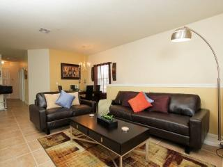 3 Bedroom 2 Bath Condo in Kissimmee Rosort Community. 2712OD - Orlando vacation rentals