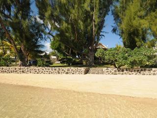 Villa Cap Malheureux beach, 4 p. +1 teenager+1baby - Cap Malheureux vacation rentals