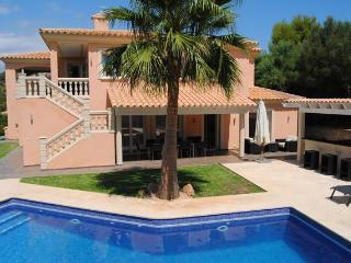 4 bedroom Villa with Internet Access in Santa Ponsa - Santa Ponsa vacation rentals