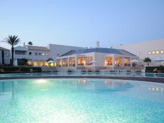 1 Bedroom Townhouse in an Exclusive 5-Star Resort in Carvoeiro - Carvoeiro vacation rentals