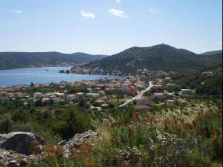 35362 A2(3+2) - Poljica (Marina) - Vrsine vacation rentals