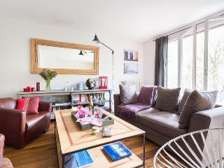 onefinestay - Vieux Pont de Sèvres apartment - Paris vacation rentals