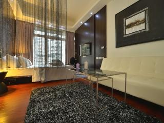 Sogo Luxury! New Bldg 2min-mrt Heartofcentral 101 - Taipei vacation rentals