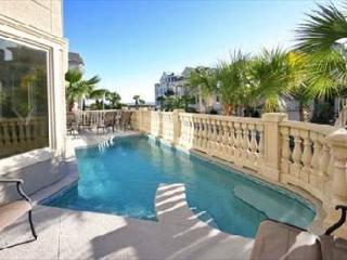 Collier Court 3, Luxury 6 Bedrooms, Private Pool, Elevator, Sleeps 14 - Hilton Head vacation rentals