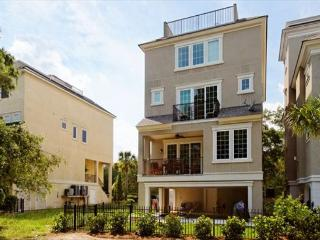 Experience the Wonder of a Brand New 6BR/6.5BA Luxury Home - Hilton Head vacation rentals