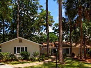 Golf Course Location with Private Pool 3 BR/2.5BA Home is Super Appealing. - Hilton Head vacation rentals