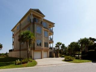 7BR/7.5BA with Sweeping Views of the Lowcountry's Salt Marsh and The Ocean - Hilton Head vacation rentals