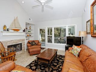 Wagon Road 18, 5 bedrooms, Private Pool, Walk to the Beach, Sleeps 14 - Sea Pines vacation rentals