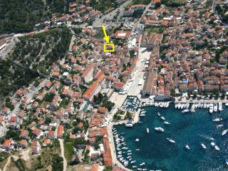 HVAR 5* Apartment 20sec from the Main Square - Hvar vacation rentals
