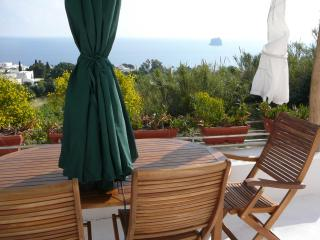 Beautiful 1 bedroom Vacation Rental in Stromboli - Stromboli vacation rentals