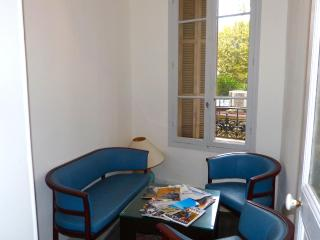 CLASSIC 2 BDRM APART IN NICE CENTRE - Nice vacation rentals