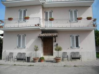 Nice Condo with Television and Central Heating - Bastia Umbra vacation rentals