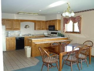 Fox Hills Resort Mishicot, Green Bay, Door County, - Mishicot vacation rentals