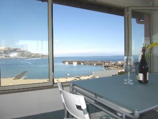 Beachfront superior 1-room apartment Best views! - Giardini Naxos vacation rentals