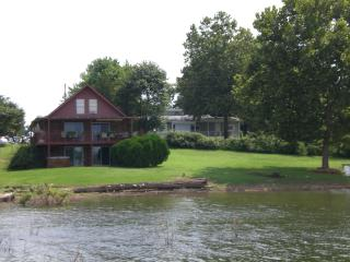 Hickory House on Beaver Lake - Lowell vacation rentals