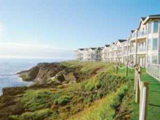Spectacular ocean views from floor to ceiling windows - Worldmark Depoe Bay - Depoe Bay - rentals
