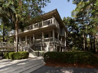 Fantastic 2nd Row 4BR/3.5BA Sea Pines Home w/ Everything a Family or 2 Wants - Hilton Head vacation rentals