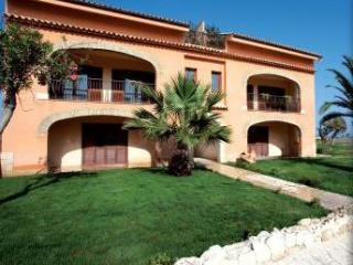 Sunny House with Internet Access and A/C - Licata vacation rentals