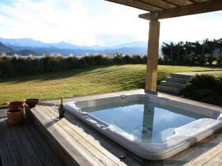 Spacious Villa with Deck and Internet Access - Wanaka vacation rentals
