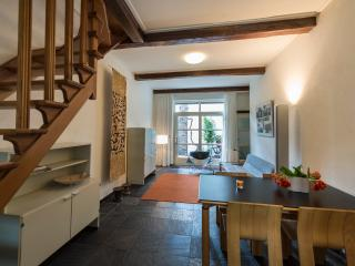 The Maastricht Treat(-y) Townhouse - Maastricht vacation rentals
