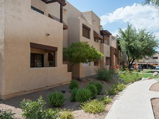 GORGEOUS HIKING & GOLFING JUST STEPS AWAY - Phoenix vacation rentals